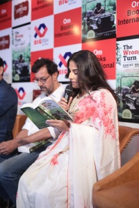 Vidya Balan reading The Wrong turn Book